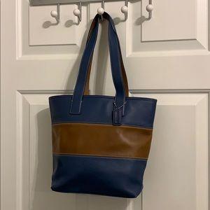 Coach bucket tote handbag purse
